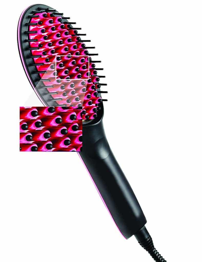 La brosse lissante et chauffante Glam'Brush et ses picots en céramique 3D