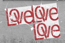 Lettres adhésives stickers: une idée de décoration originale