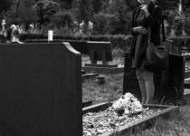 Quelles sont les principales distinctions entre une assurance décès et une convention obsèques ?