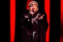 Madonna à l'Eurovision : critiquée pour son geste politique et… ses fausses notes