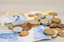 Comment économiser avec un petit salaire : 7 conseils