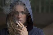 Endométriose : le tabac diminuerait-il les risques ?